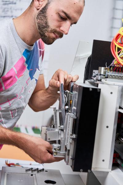 REGENHU-Switzerland-3d-bioprinting-instrument-bio-3d-bioprinter-DevelopmentTeam-0005